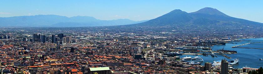 Napolin eloisa suurkaupunki