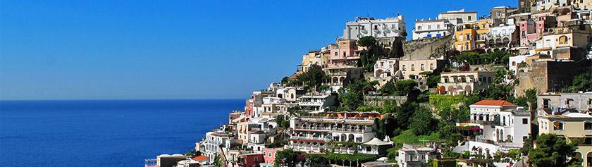 Vesuviuksen hautaama Pompeji sekä upea Amalfi