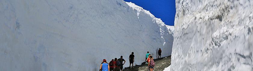 Whistlerin jättimäiset lumiseinämät